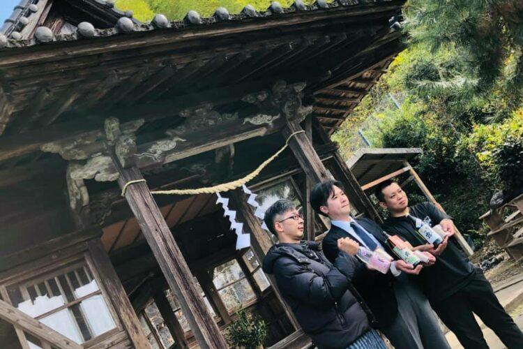 松尾神社ご例祭。新焼酎奉納